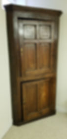 Early 18th c British Oak Double door cor
