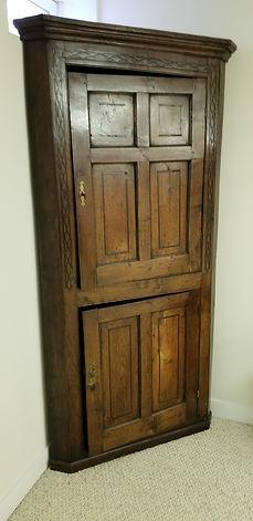 Early 18th c British Oak Double door cor