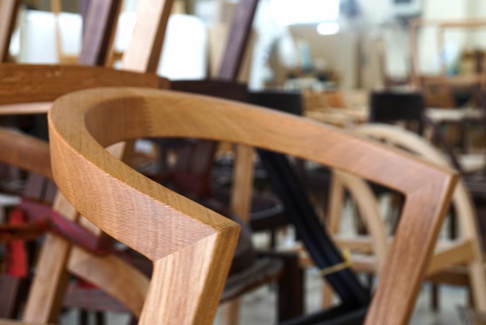 U chair  ケヤキ