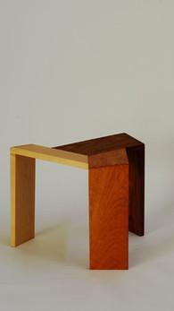sansa stool