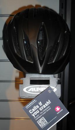 Helm Alpina Tocsen Unfall App.jpg