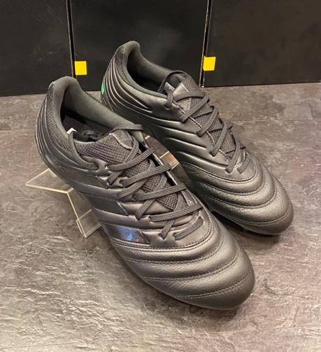 Adidas Herren Fussballschuh2.jpg