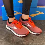 Brooks Running Schuh Damen.jpg