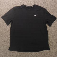Nike Damen Lauf T-Shirt schwarz.jpg