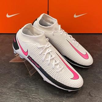 Nike Herren Fussballschuh 2.jpg