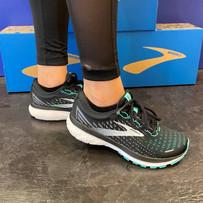 Brooks Running Schuh Damen 2.jpg