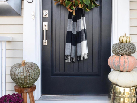 How to Decorate Your House for Halloween if You're Selling