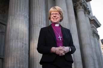 Sarah Mullay, obispo de Londres.