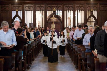 Sólo una cuarta parte de los españoles cree que el catolicismo y el protestantismo son diferentes en