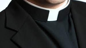 Sacerdotes: ¿Trabajadores esenciales?