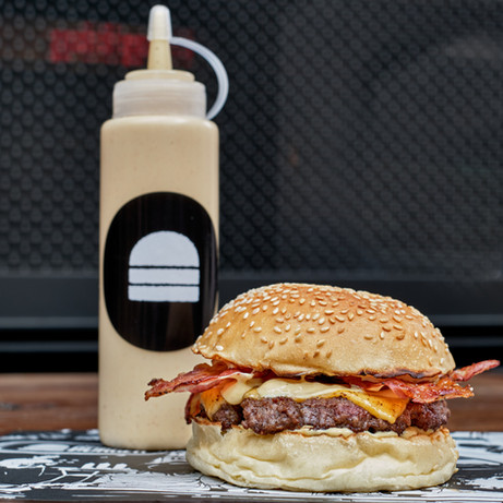 at-home-finished-shot-4-bacon-cheeseburg