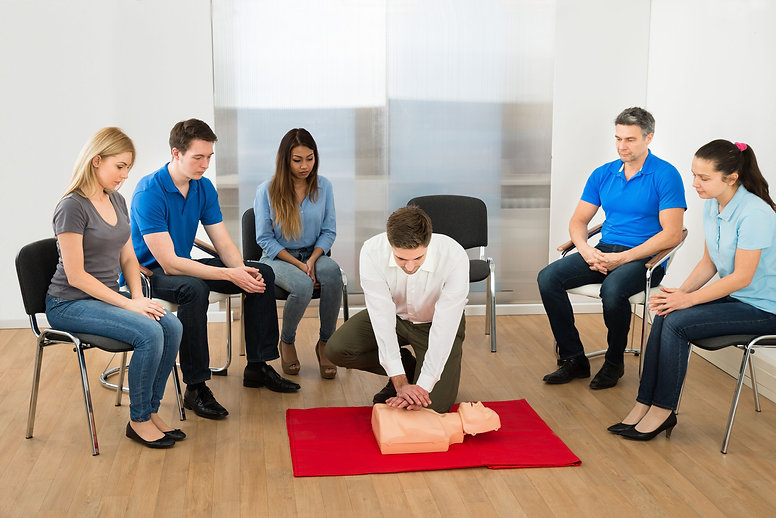 Basic-life-support-training-course