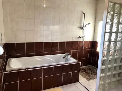 Gite-du-verger-baignoire