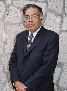 Dr Isaac Goiz Duran