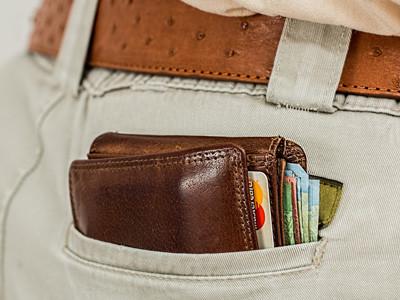 overstuffed wallet