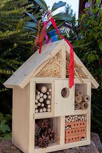 Insektenhotel  1-30.jpg