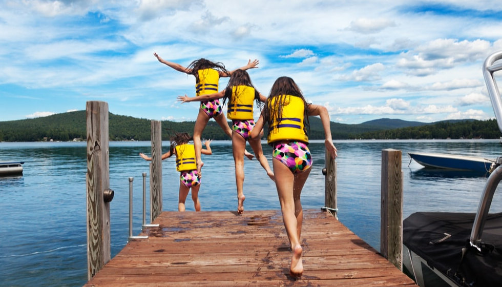 Boat-Owner-Safety-in-Lakes-Swimming-in-D