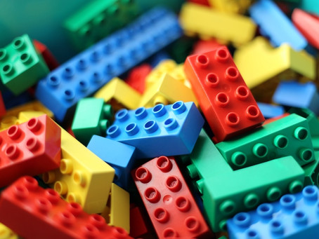 Blog #10:「玩」音樂-音樂如LEGO, 是用來玩的. Playing and Musicking: Music is like Lego, it's for playing.