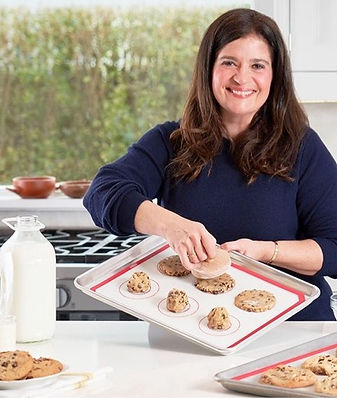 virtual-cooking-class-alex-guarnaschelli-bio.jpg