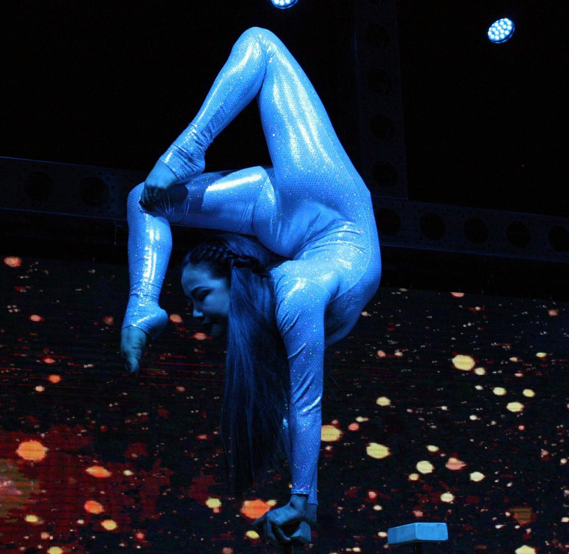 Contortion3_edited.jpg