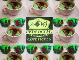 El Caffè Pedrocchi en Padua. O cómo pintar las nubes  de verde esperanza.