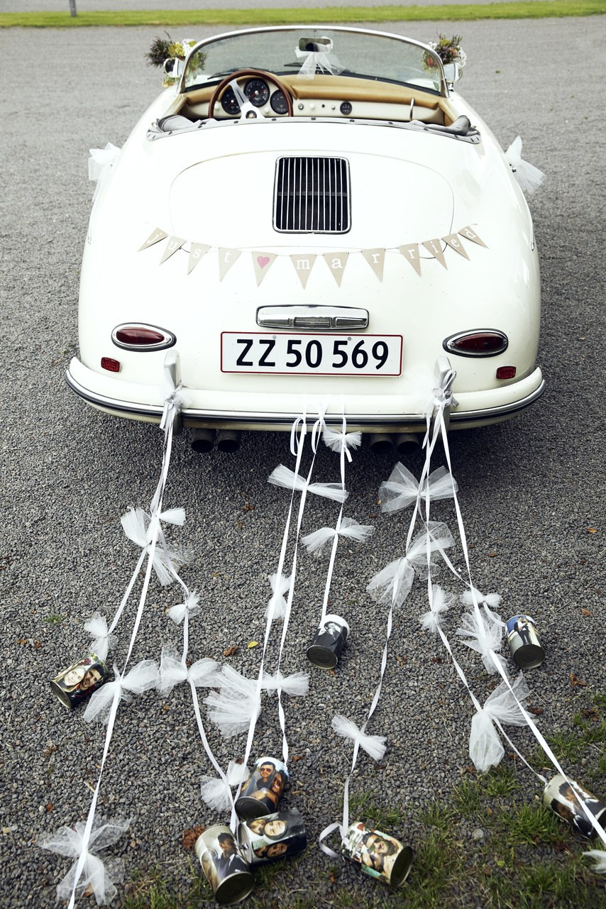 "Vintage Car for wedding tradition ""something old"""