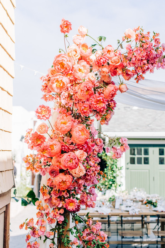 Pantone Color of the Year 2019 Living Coral Wedding Floral