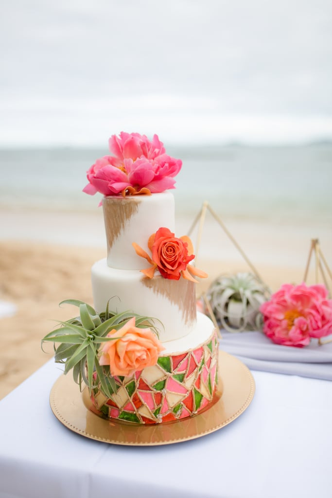 Pantone Color of the Year 2019 Living Coral Wedding Cake
