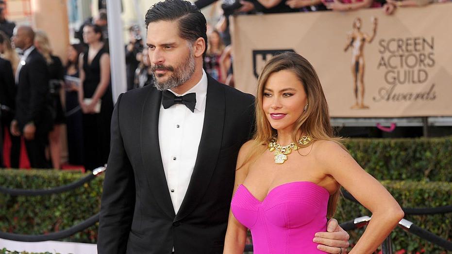 Joe Mangianello and Sofia Vergara black tie dress code