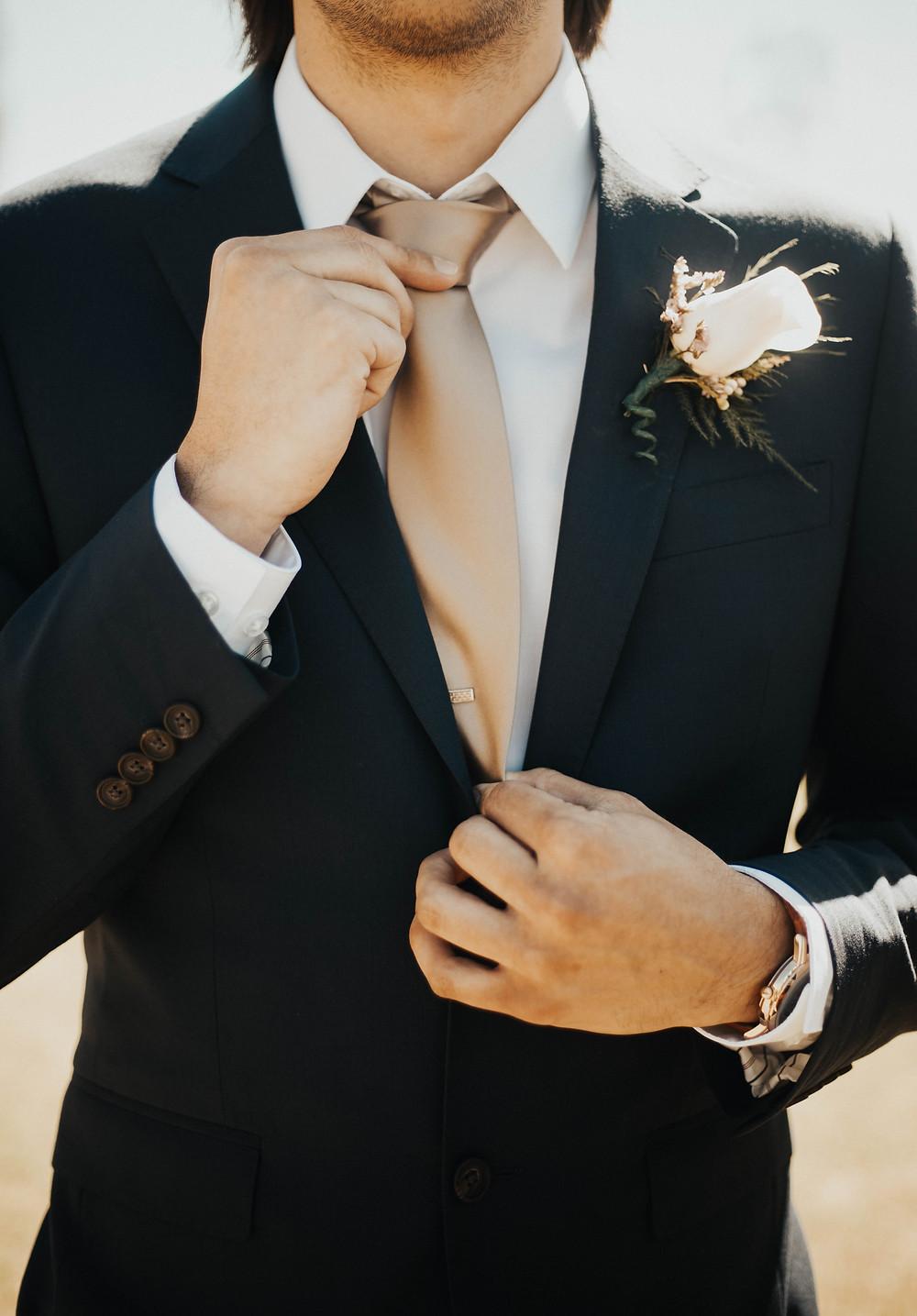 Atlanta Hawks Tinder couple wedding