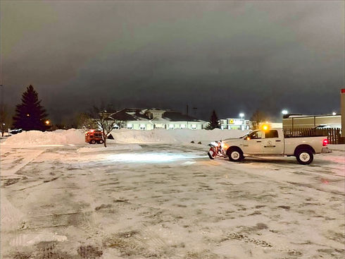 Commercial%20Snow%20removal%20for%20larg