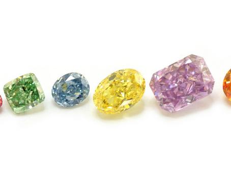 【鑽石入門篇】有顏色的鑽石較珍貴嗎?