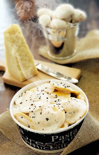 רביולי גבינה