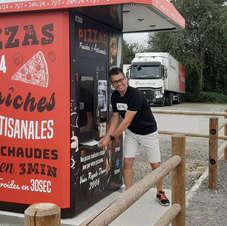 Pizza fraîche et chaude 24/7 à Domfront à côté du Resto 120 sur la D976 61700