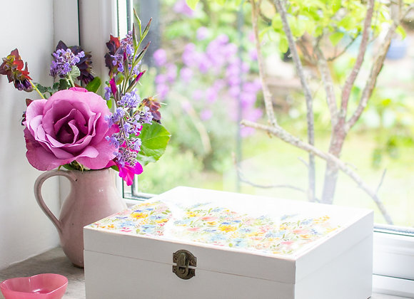 Spring Meadow Box
