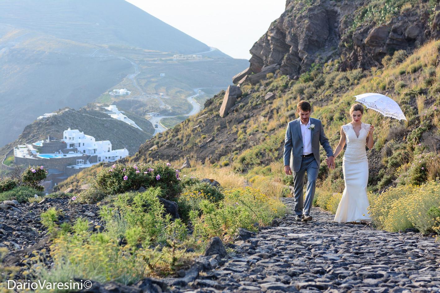 Santorini weddings 100.jpg
