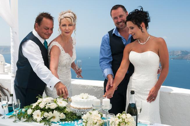 Santorini weddings 16.jpg