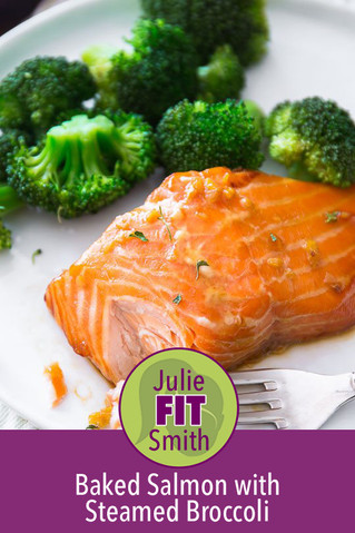 Baked Salmon with Steamed Broccoli