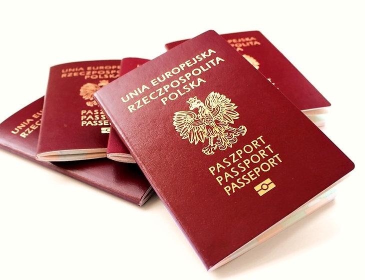 paszport pl_edited.jpg
