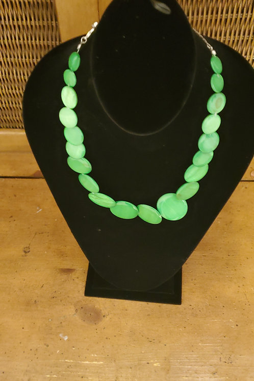 Green flat necklace