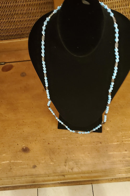 Magnetic necklace and bracelet