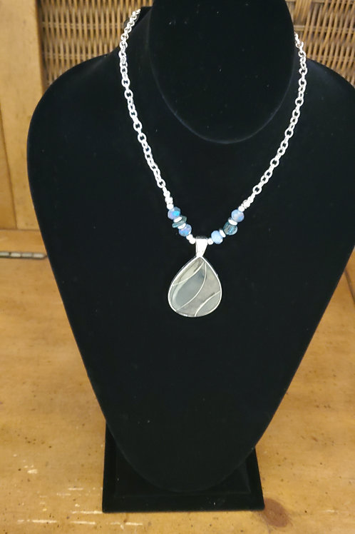 Chain necklace with leaf medallion