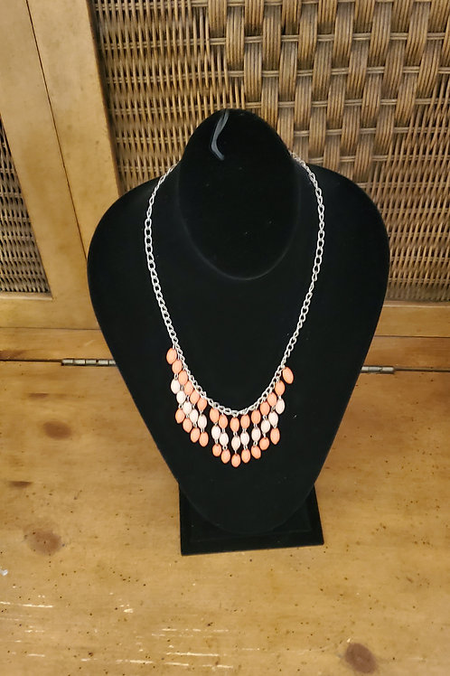 Chain necklace with fring beads