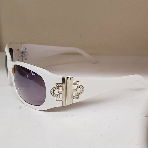 White sun glasses with fancy hinge