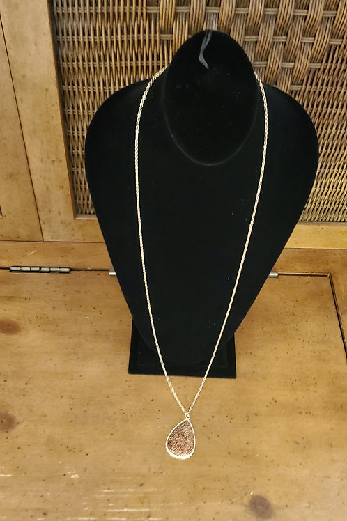 Long things chain necklace with medallion attached