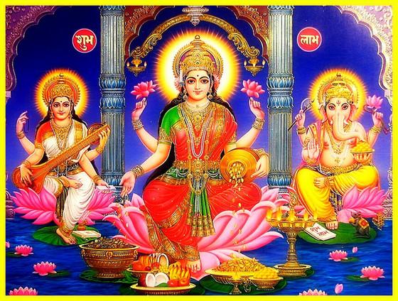 Deepawali 2017                                 The Return of Light, Hope and Lord Ram