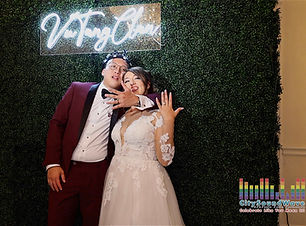 wedding-seattle-custom-neon-vutang.jpg