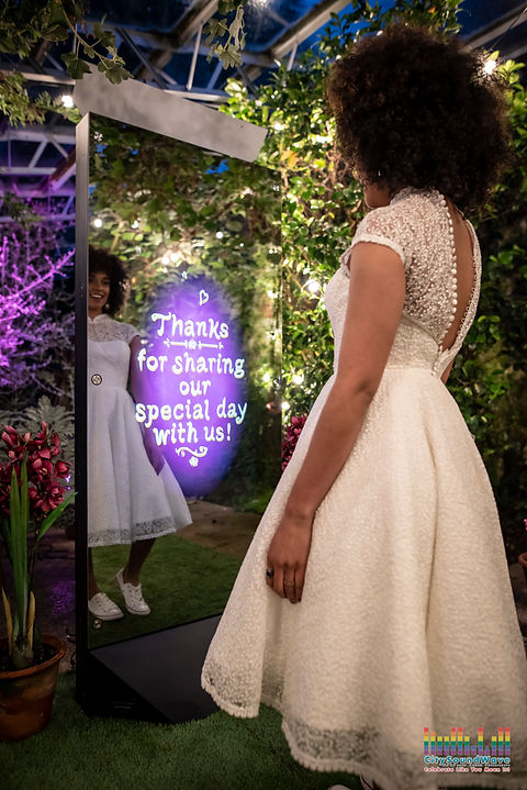 Citysoundwave wedding mirror booth thank