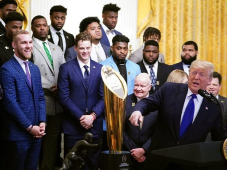 LSU Wins Championship And Celebrates At The WhiteHouse!!!! 😳😳