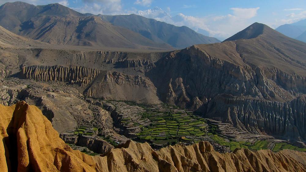 Gornji Mustang - visoko nad dolino reke Kali Gandaki.